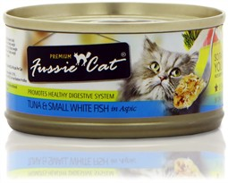 Fussie Cat Tuna and White Fish Cat Food (2.8 oz)
