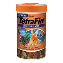 TetraFin Goldfish Flakes (1 oz)